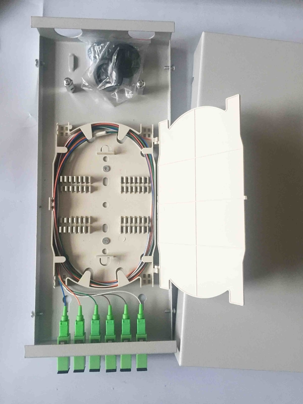 300 * 130 * 45  Fiber Distribution Box 6 Cores Small Size SC / APC With Adaptor